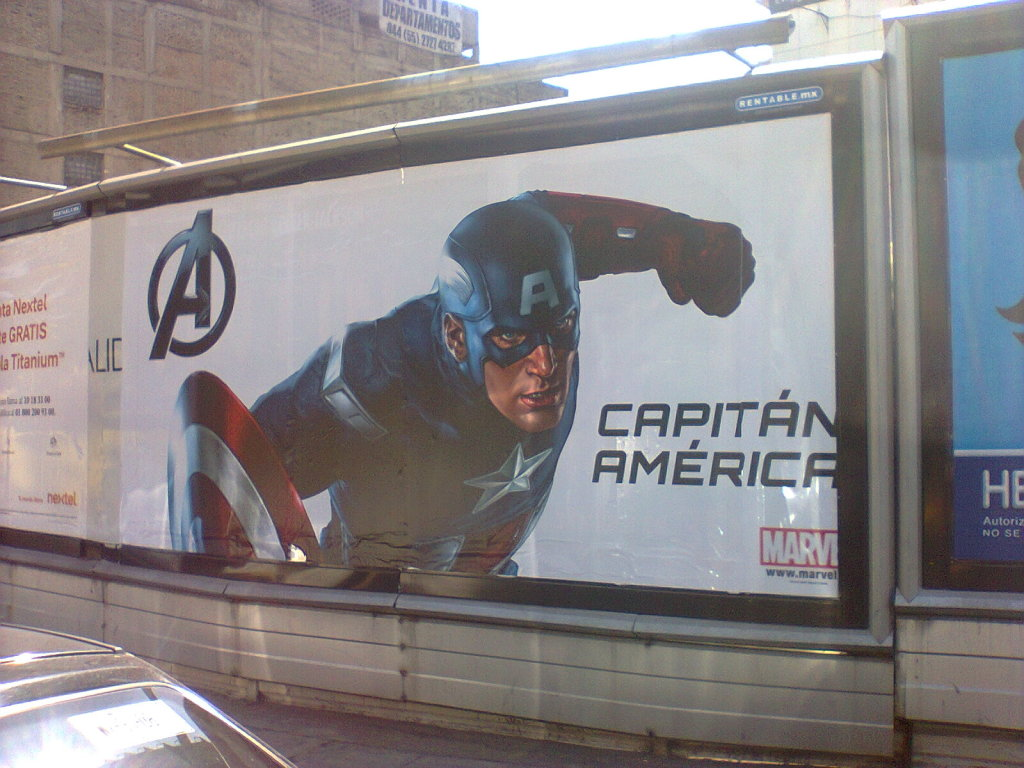 Foto0233 Incredible New Avengers Posters Spotted!
