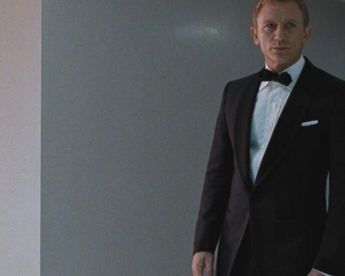 Bond 50 Blu-Ray set gets detailed!