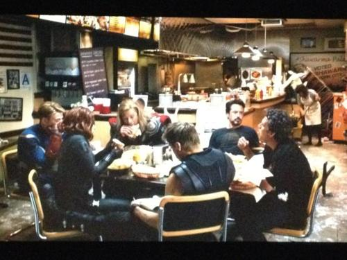 avengers after credit scene UPDATE! Photo of Second Avengers After Credits Scene!