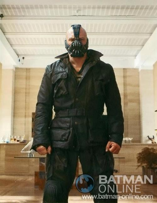bane the dark knight rises still Everything Wrong With THE DARK KNIGHT RISES In Less Than 3 Minutes
