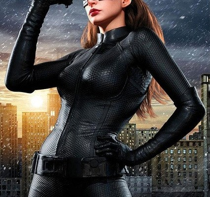 anne-hathaway-as-catwoman-in-the-dark-knight-rises