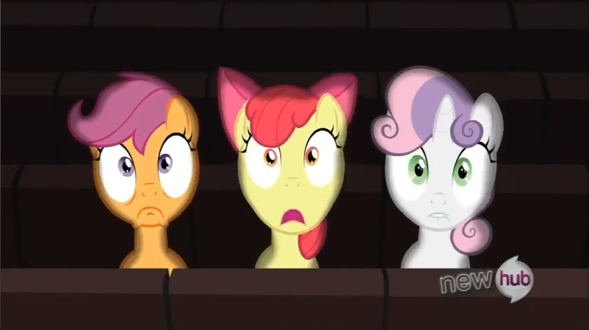 CMC scared of the movie S3E4 My Little Pony: Friendship is Magic One Bad Apple Review