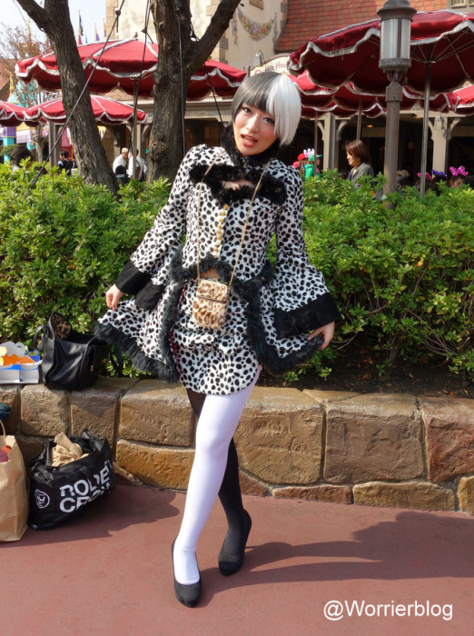 DSC01307 522x700 LE GEEK CEST CHIC: Top 10 Cosplay Tips   Straight From Tokyo Disneyland!