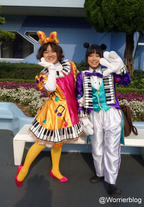 DSC01337 485x700 LE GEEK CEST CHIC: Top 10 Cosplay Tips   Straight From Tokyo Disneyland!