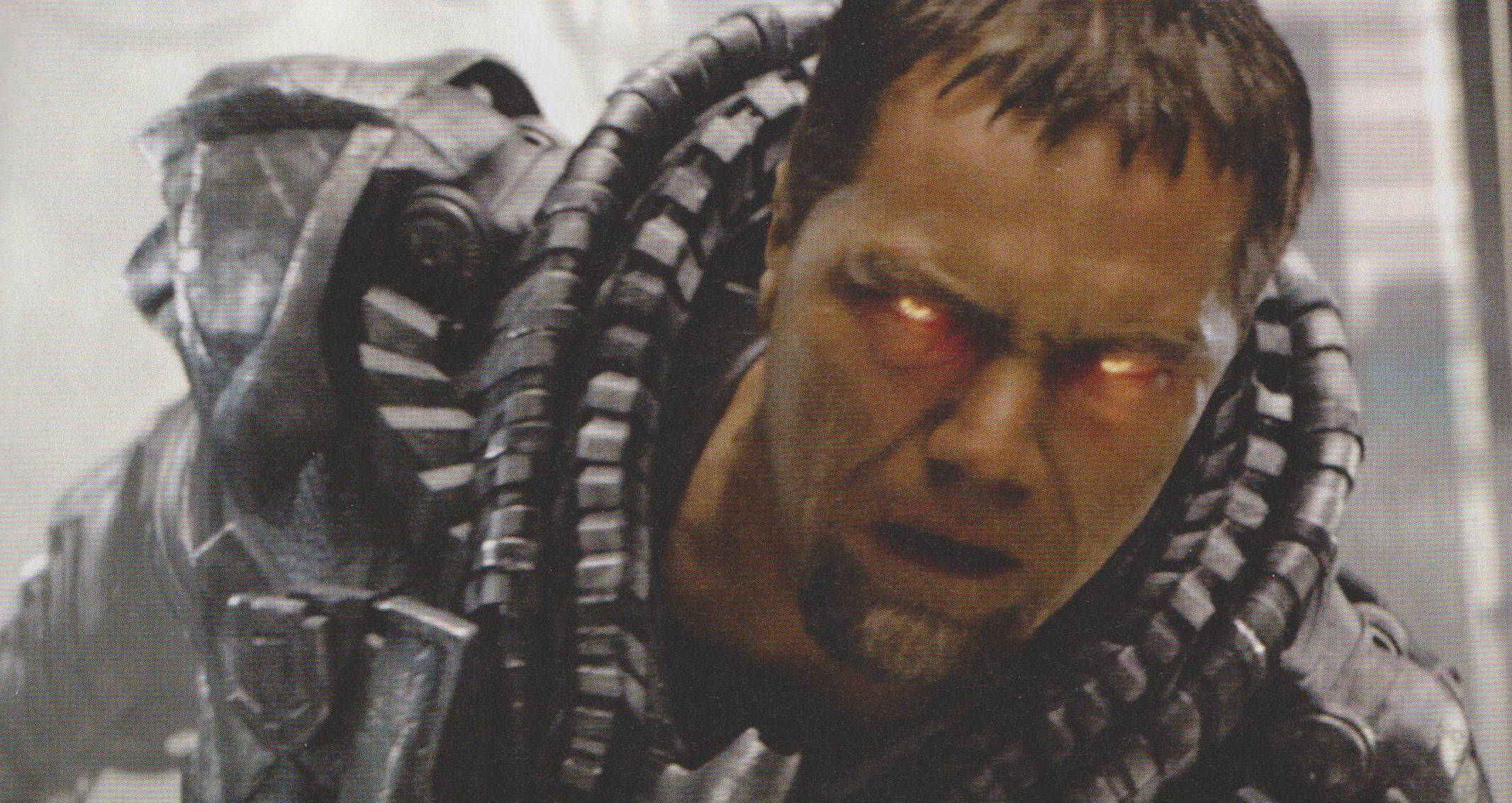 A Few Awesome Photos of Zod, Supes, and Lois from MAN OF STEEL