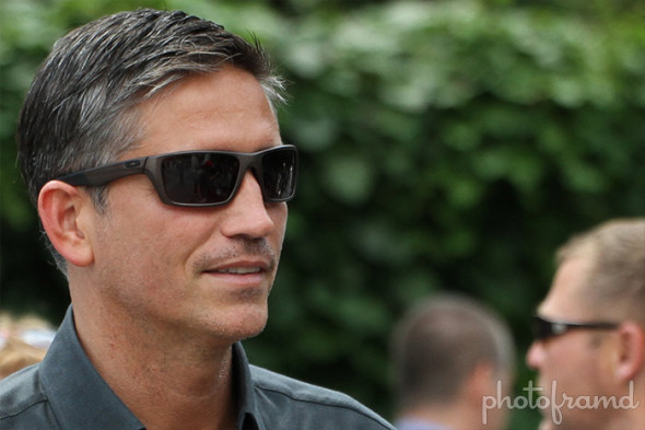 person of interest51 590x393 4 Reasons Why Jim Caviezel Should Be The Next Batman