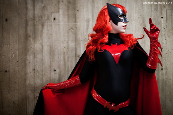 batwoman cosplay 590x393 Top 5 Jewish Cosplays I Want To See At NY COMIC CON