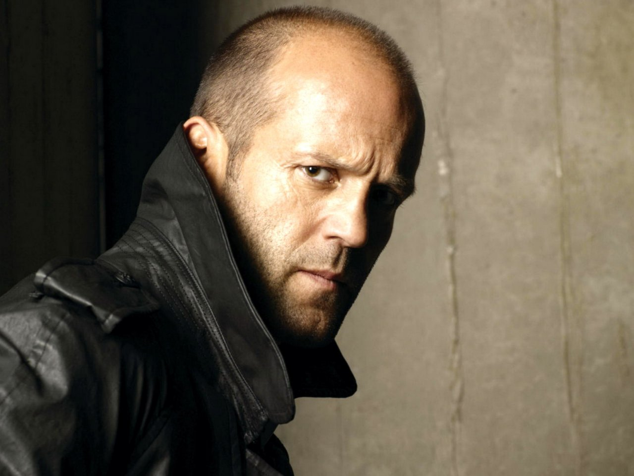http://cdn.unleashthefanboy.com/wp-content/uploads/2013/12/jason-statham-superhero-movie.jpeg