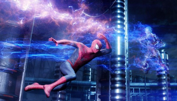 the amazing spider man 2 andrew garfield jamie foxx 590x336 THE AMAZING SPIDER MAN 2 Review   Clumsy, Preachy, But Awesome!
