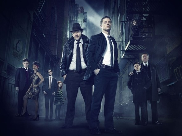 Gotham gallery cast gallery primary 590x442 New GOTHAM Images Highlight The Major Players
