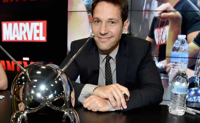 Paul Rudd Is Too Ripped for His ANT-MAN Costume
