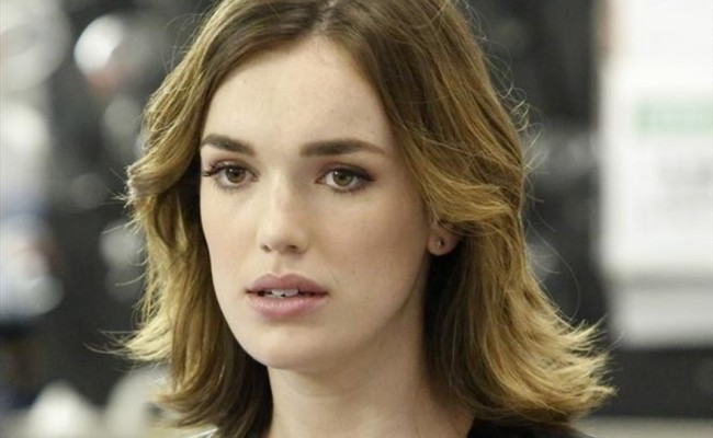 "MARVEL'S AGENTS OF S.H.I.E.L.D. ""A Hen in the Wolf House"" Review"